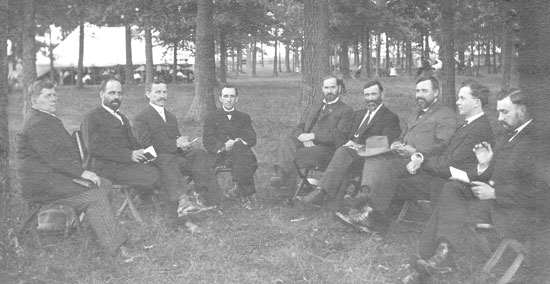 1904 – 1. (Summer) The Missionary Church Association appointed a committee to search for a new location for the school.