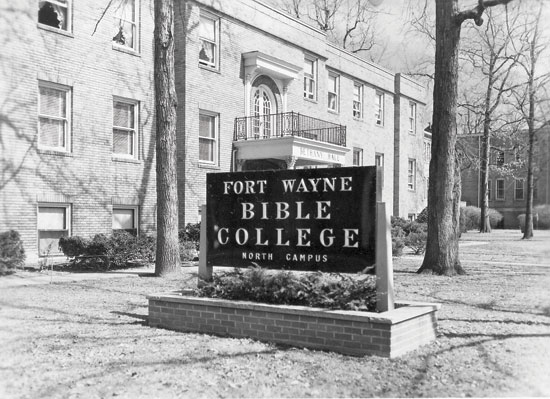 1950 – Name changed to Fort Wayne Bible College