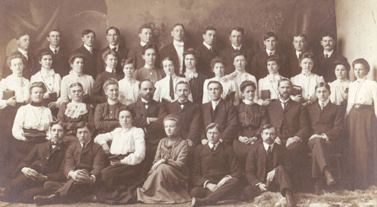 1909 – First Commencement – 26 graduates