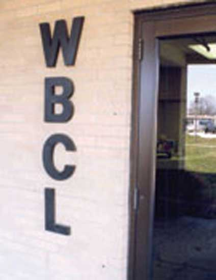 1976 – 1. WBCL radio station established as first 50,000 watt FM station in northern Indiana.